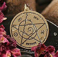 Magische Amulette ↪ im Esoterik Shop