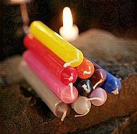 Durchgefärbte Kerzen (7 Artikel)